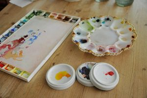 Watercolor palettes in plastic or porcellain